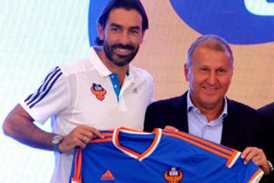 Pires ´hit in face´ by opposition coach – Zico