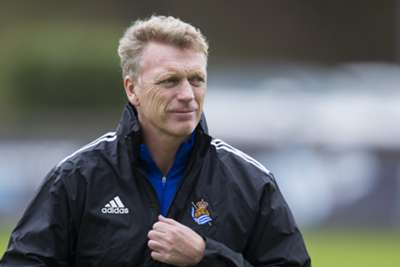 Real Sociedad 3 Elche 0: Vela hat-trick gives Moyes first win