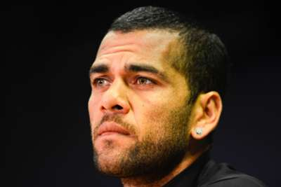 Alves committed to Barcelona cause