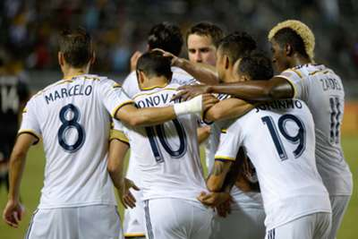Los Angeles Galaxy 4 DC United 1: Arena´s side show quality