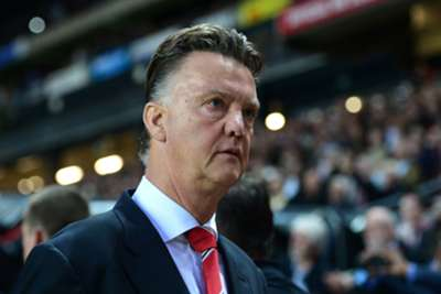 Van Gaal hits out at Hodgson over Shaw