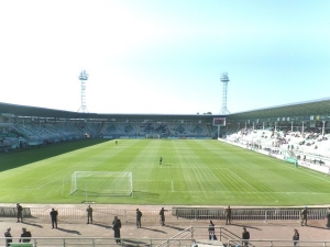 Xzr Lnkran Mrkzi stadionu, Lnkran (Lankaran)