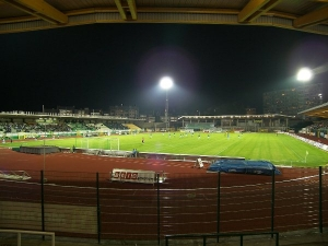 Stade du Tivoli, La Louvire