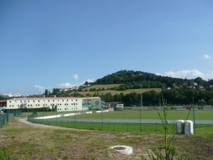 Stade Aim Jacquet, L'Etrat