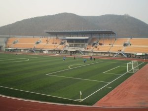 Yong-In Main Stadium