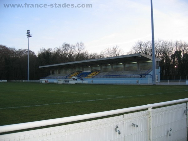 Stade Paul Cosnys, Compigne