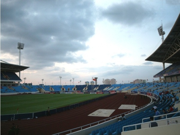 Sn vn ng quc gia M nh (My Dinh National Stadium), H Ni (Hanoi)