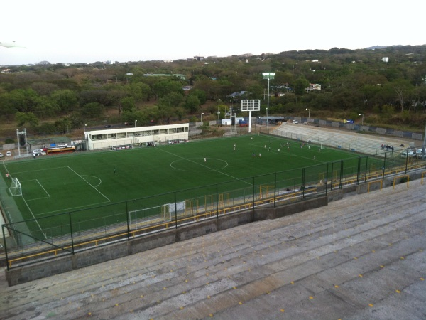 Estadio Nacional de Ftbol, Managua