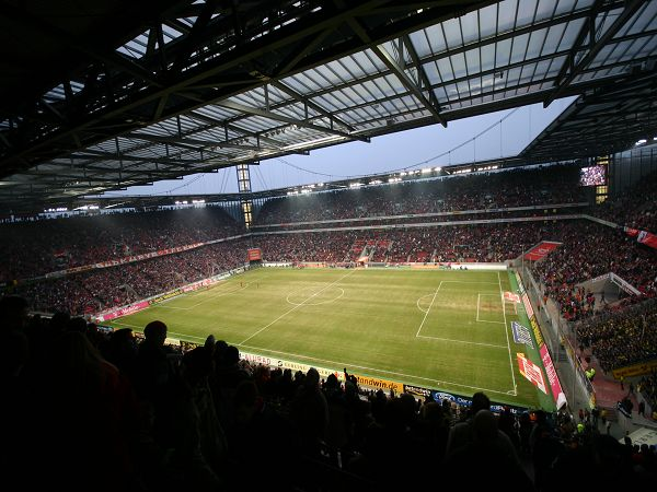 RheinEnergieStadion, Kln