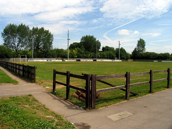 Waterside Park, Thatcham, Berkshire